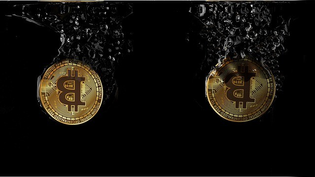 """Bitcoin Performance During Past Fed Rate Cuts Hints """"it is not a safe haven asset"""""""